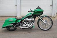 GreenRoadGlide Custom Bagger